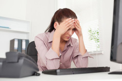 Стресс - причина появления корок в носу