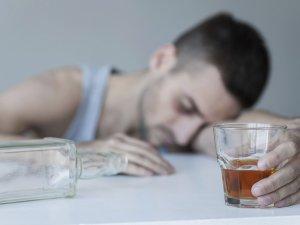 Назначение Тетурама при хроническом алкоголизме