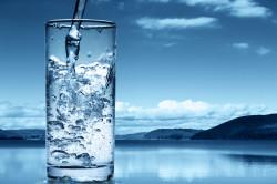 Польза минеральной воды при непродуктивном кашле