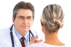Консультация врача по вопросу лечения насморка