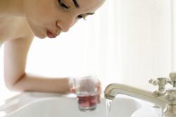 Полоскание горла как профилактика заболеваний горла