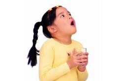 Полоскание горла при фарингите