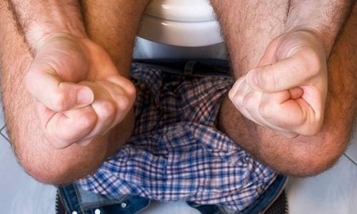 Запором называют нарушение опорожнения кишечника, которое заключается в затруднении, замедлении и/или полном отсутствии акта дефекации
